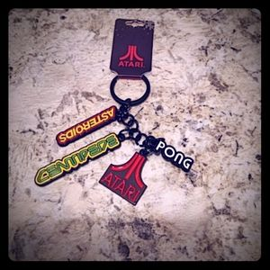 Atari Keychain Asteroids Centipede Pong NEW